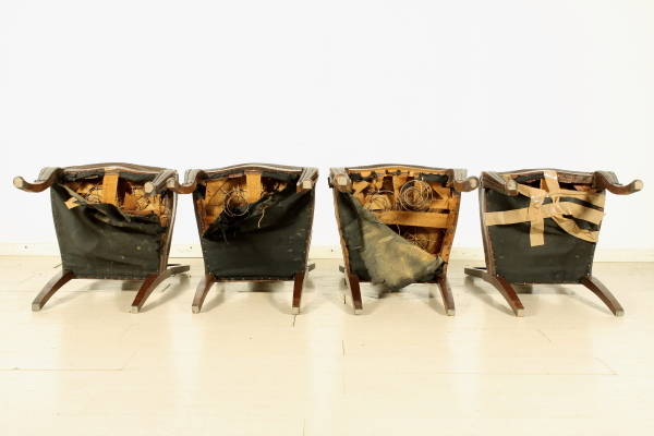 Sedie Stile Chippendale : Gruppo di 4 sedie in stile chippendale bottega del 900