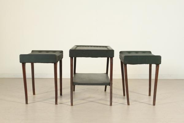 Sgabelli e tavolino anni 50 complementi modernariato