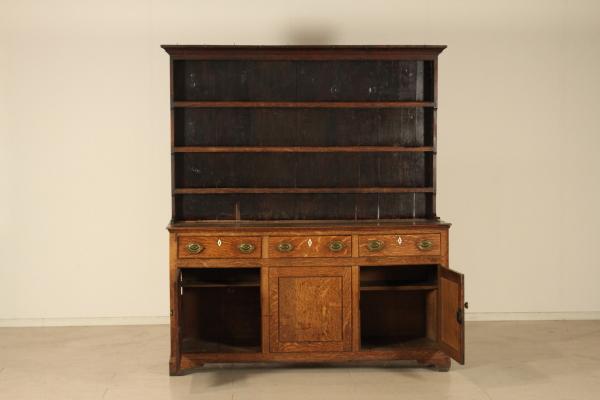 Credenza Con Piattaia Legno : Credenza classica con vetrina in legno mobili casa idea stile