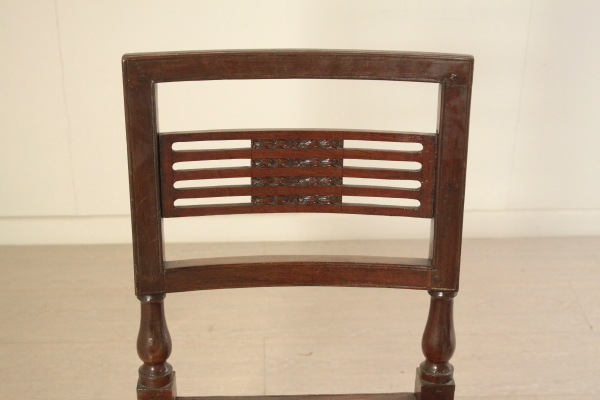 Restoration different chairs - Sofas armchairs chairs tables ...
