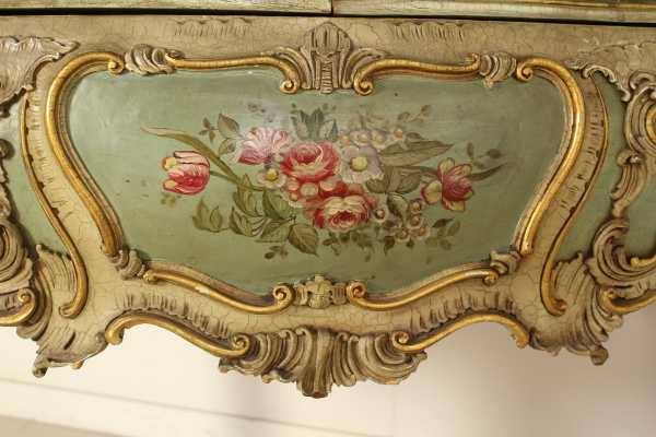 Commode avec miroir mort bottega del 900 for Commode antique avec miroir
