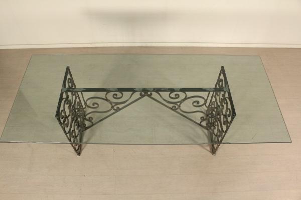 Tavoli In Cristallo E Ferro.Tavolo Ferro Battuto E Cristallo Mobili In Stile Bottega Del 900