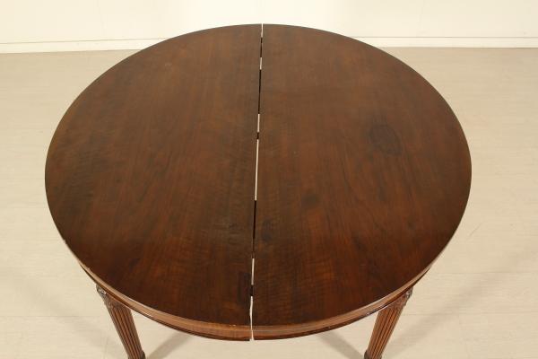 ausziehbarer runder tisch englisch tische antiquit ten. Black Bedroom Furniture Sets. Home Design Ideas