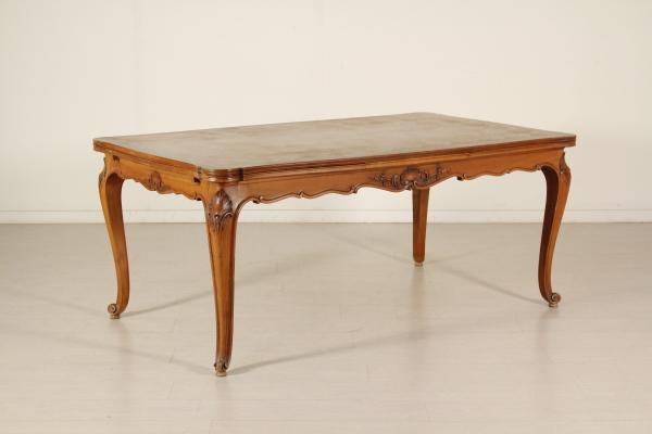 Tavolo in stile in ciliegio mobili in stile bottega for Tavolo in ciliegio