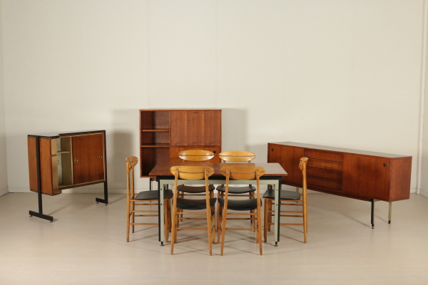 Tavolo anni 50 60 tavoli modernariato for Tavolo cucina anni 60