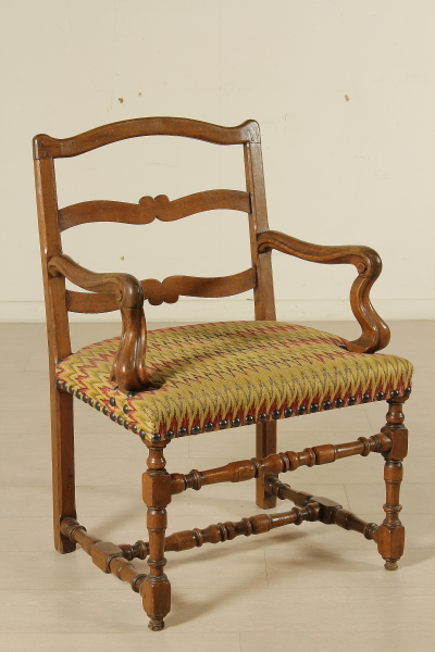Poltrona a rocchetto sedie poltrone divani for Sedie a poltrona