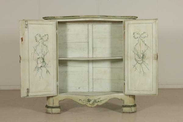 La Credenza Poesia : Credenza ante dipinte mobili in stile bottega del