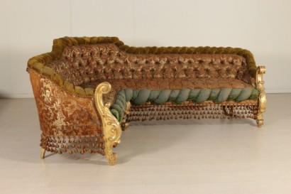Divano angolare in stile barocco sedie poltrone divani for Divano barocco