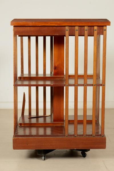 Libreria girevole inglese mobili in stile bottega del for Piani di libreria stile artigiano