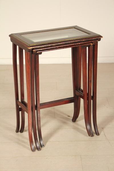 Tris di tavolini liberty bottega del 900 - Tris di tavolini ...