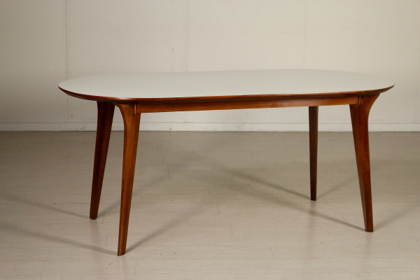 Tavolo anni 50 tavoli modernariato for Negozi tavoli milano
