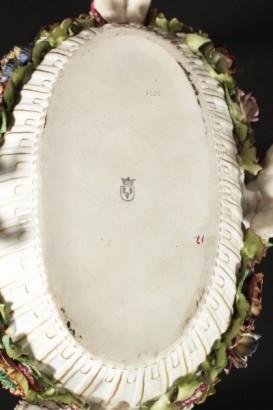 Centrotavola in ceramica oggettistica antiquariato for Oggettistica particolare