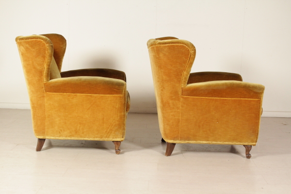 bietet platz f r 40 jahre sessel modernes design. Black Bedroom Furniture Sets. Home Design Ideas