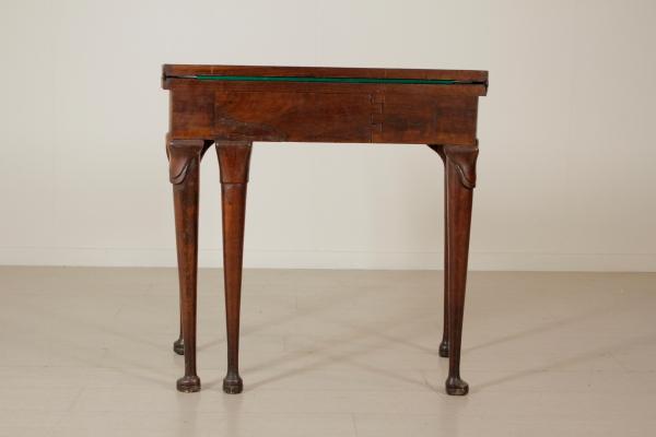 Tavolo da gioco barocchetto tavolini antiquariato - Voodoo gioco da tavolo ...