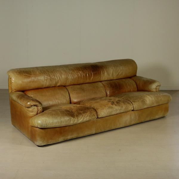 Divano zanotta divani modernariato for Divano zanotta usato