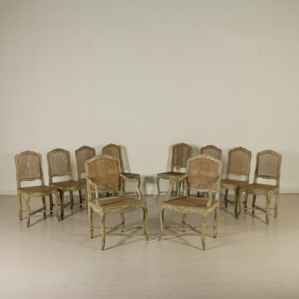 Coppia di poltrone e gruppo di otto sedie sedie poltrone for Sedie e poltrone