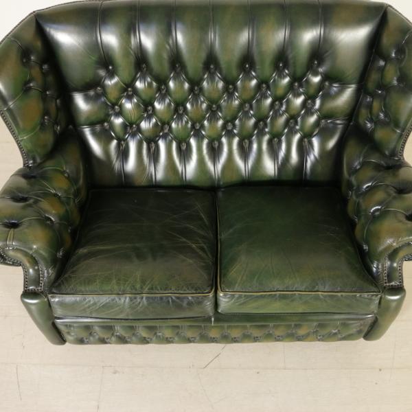 Divano chesterfield divani modernariato for Divano particolare
