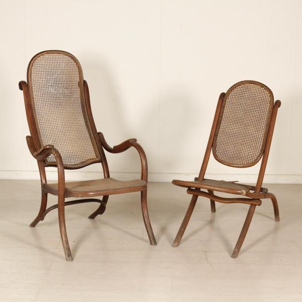 Poltrona e sedia mobili in stile bottega del 900 for Sedie a poltrona