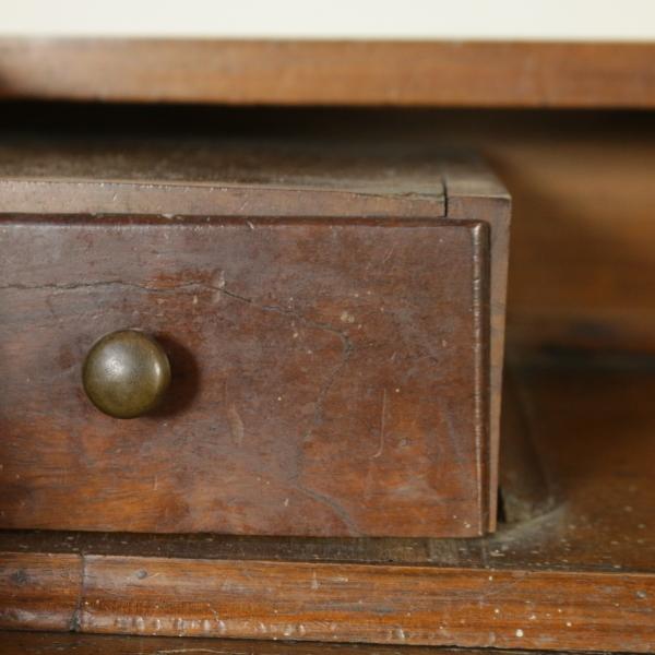 schreibtisch von der wand tische und schreibtische antiquit ten. Black Bedroom Furniture Sets. Home Design Ideas