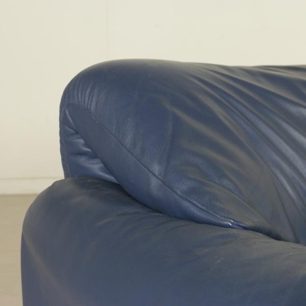 Divano maralunga divani modernariato for Divano particolare