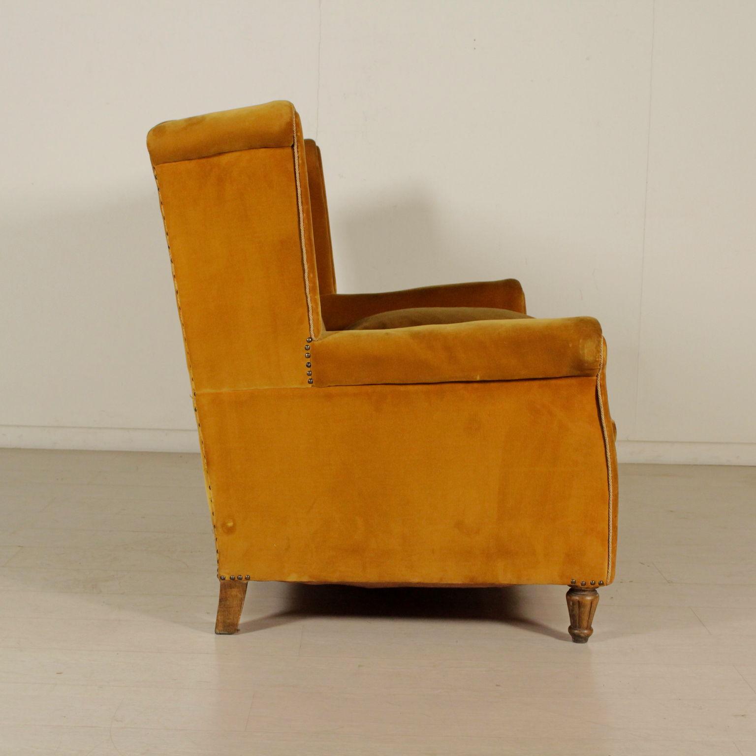 sofa 50er jahre sofas modernes design. Black Bedroom Furniture Sets. Home Design Ideas