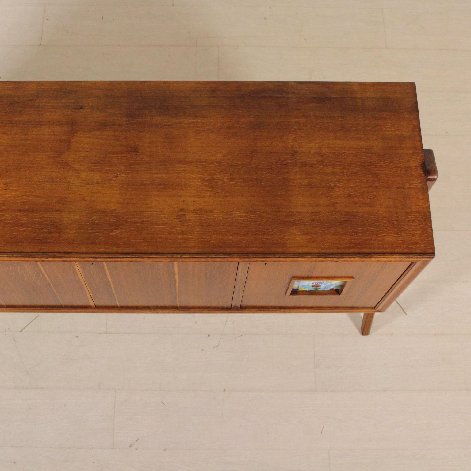 bahut des ann es 40 50 meubles design moderne. Black Bedroom Furniture Sets. Home Design Ideas