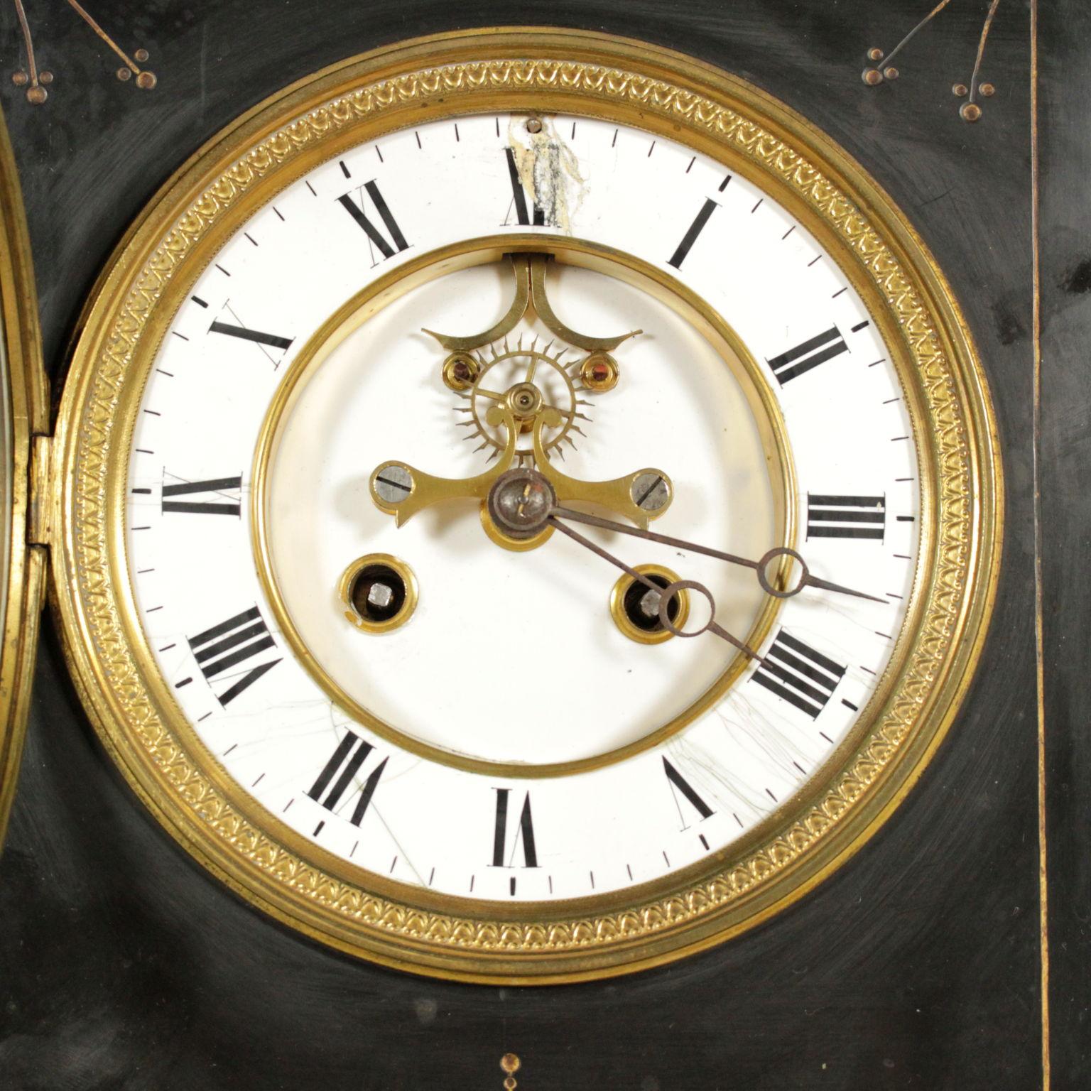 Orologio da appoggio oggettistica antiquariato for Oggettistica particolare