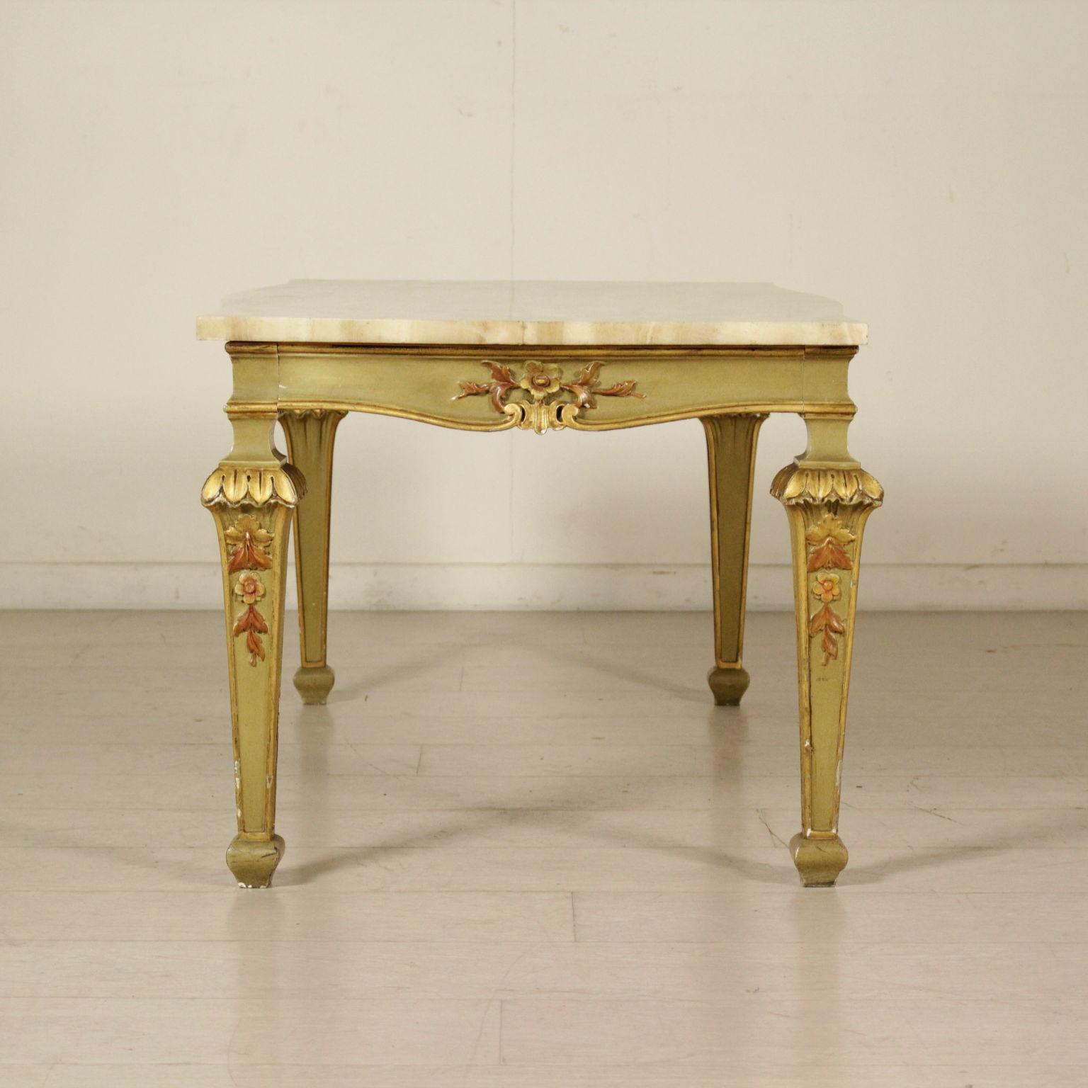 Tavolo da salotto in stile mobili in stile bottega del - Tavolo da salotto ...