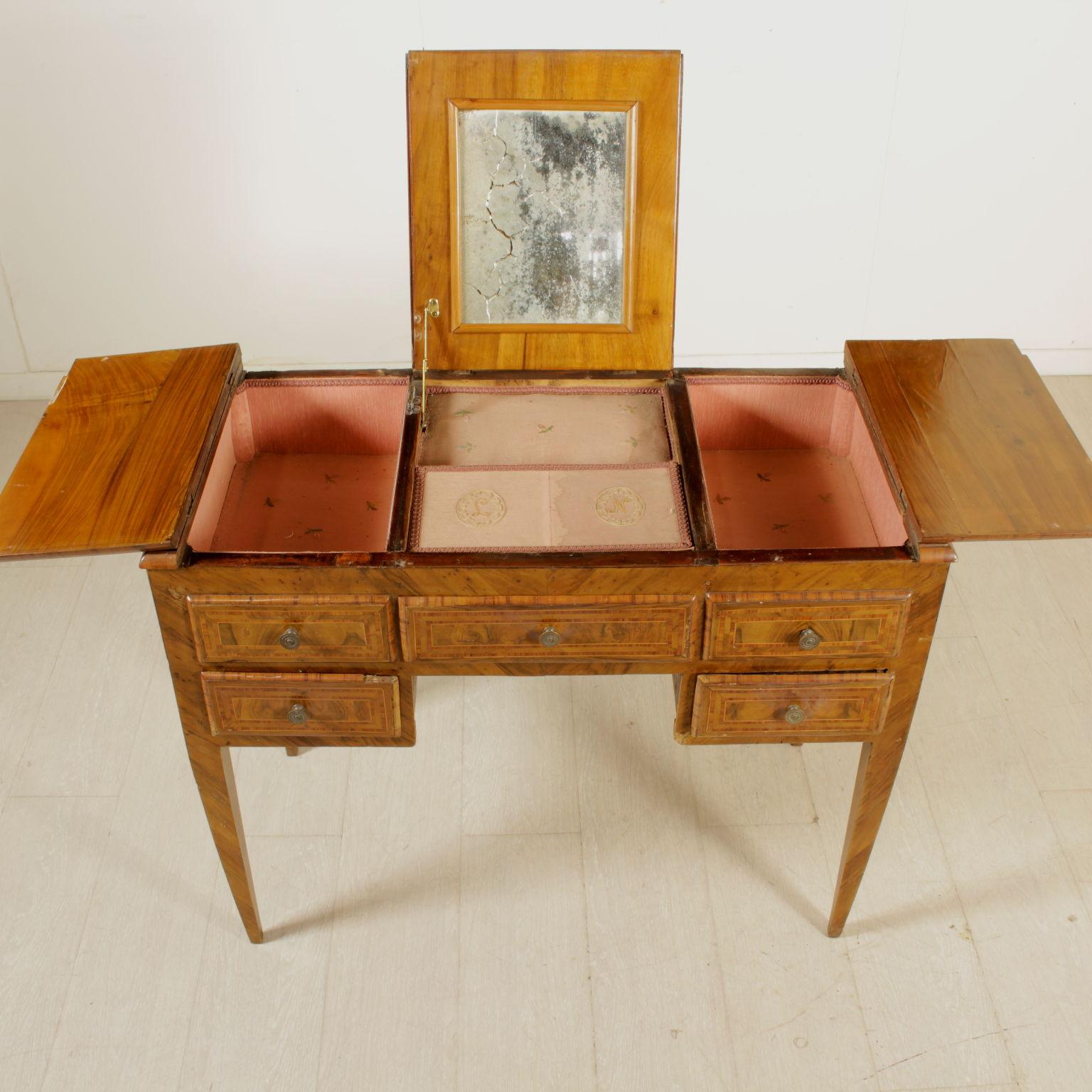 Toilette neoclassica altri mobili antiquariato for Antiquariato mobili