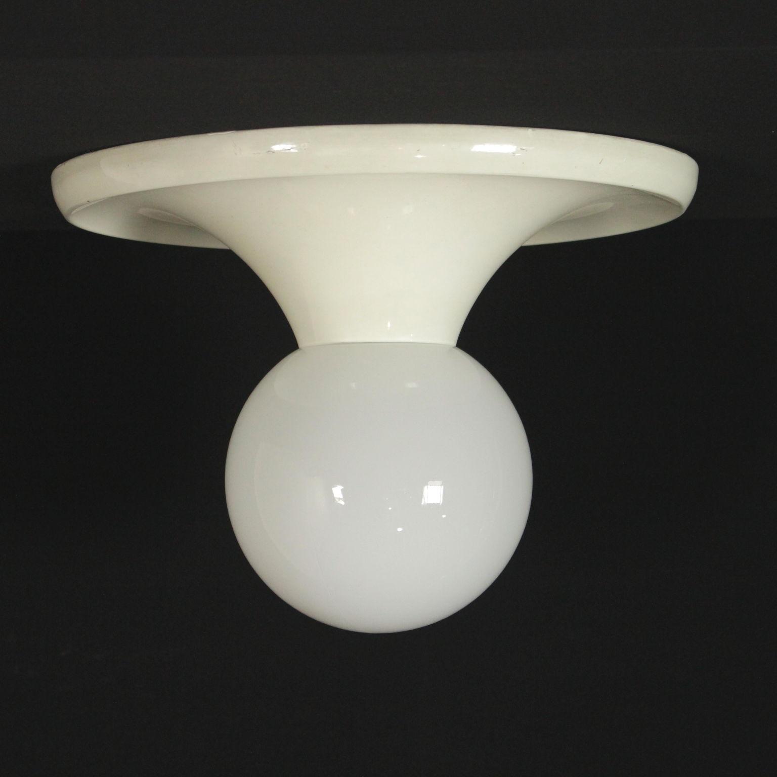 Lampada achille e pier giacomo castiglioni illuminazione for Castiglioni lampada