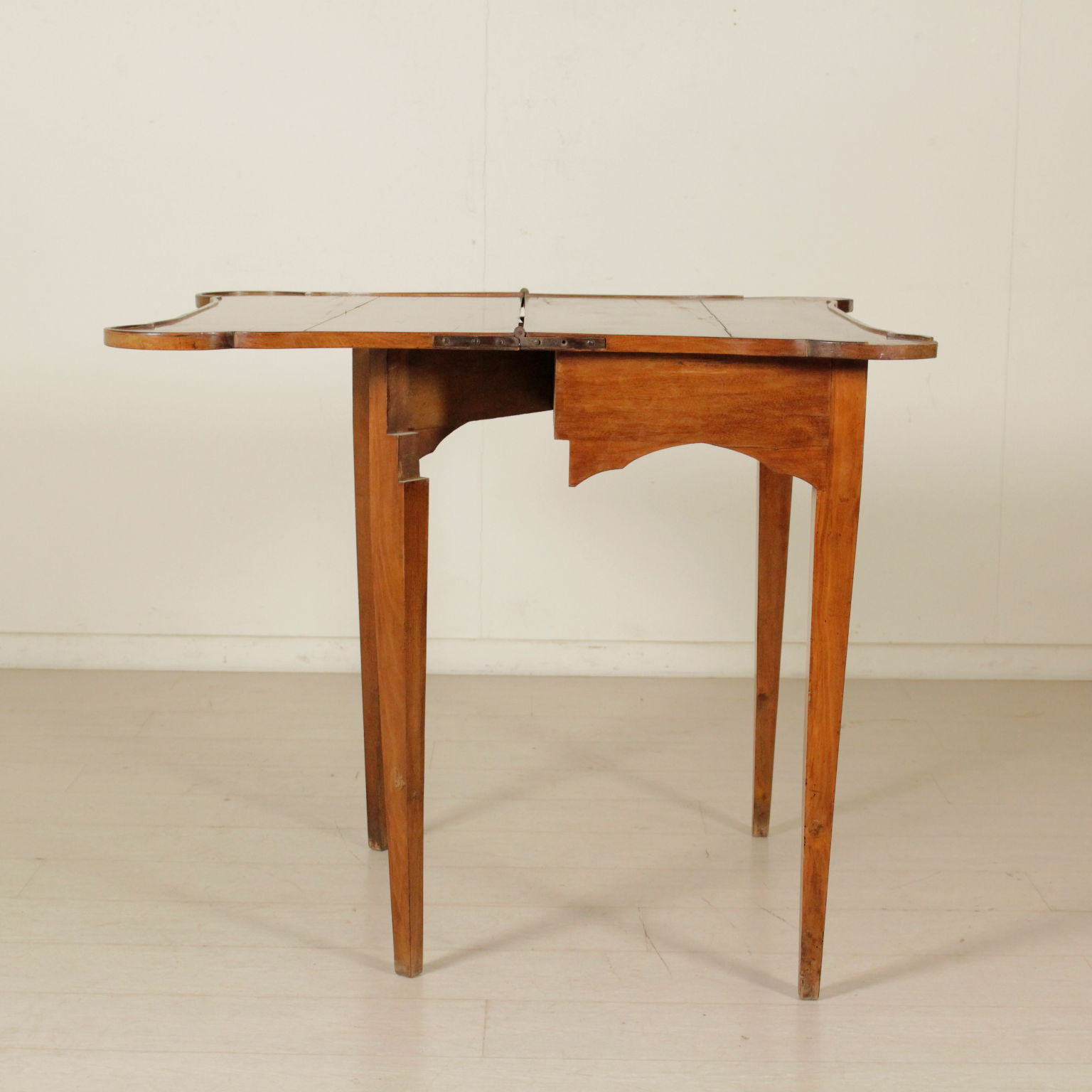 Tavolo da gioco tavolini antiquariato - Domino gioco da tavolo ...
