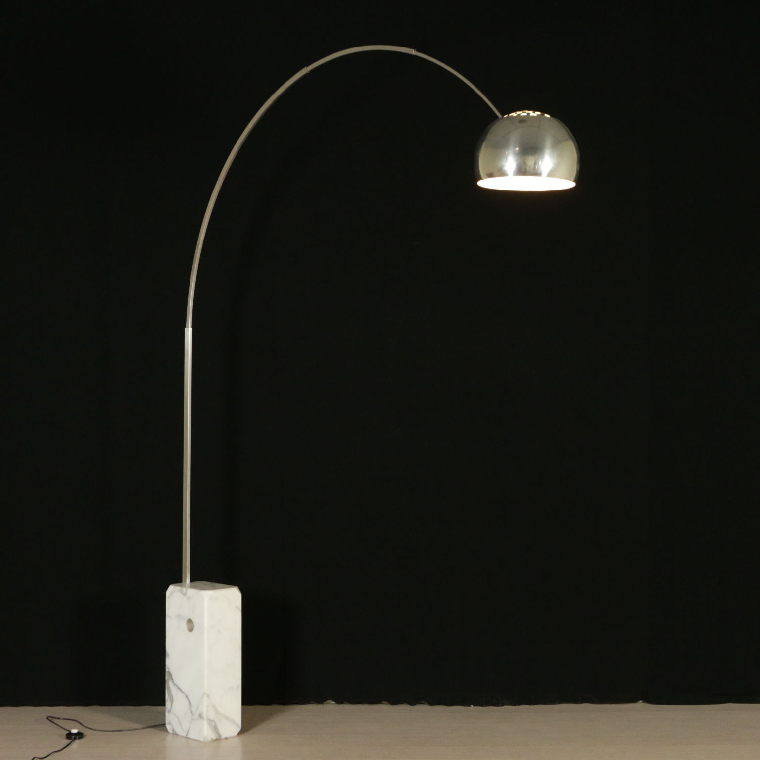Lampada Arco Illuminazione Modernariato Dimanoinmano It