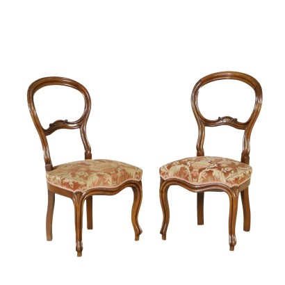 Negozi sedie great in un piccolo negozio dalla vetrina for Negozi sedie ufficio