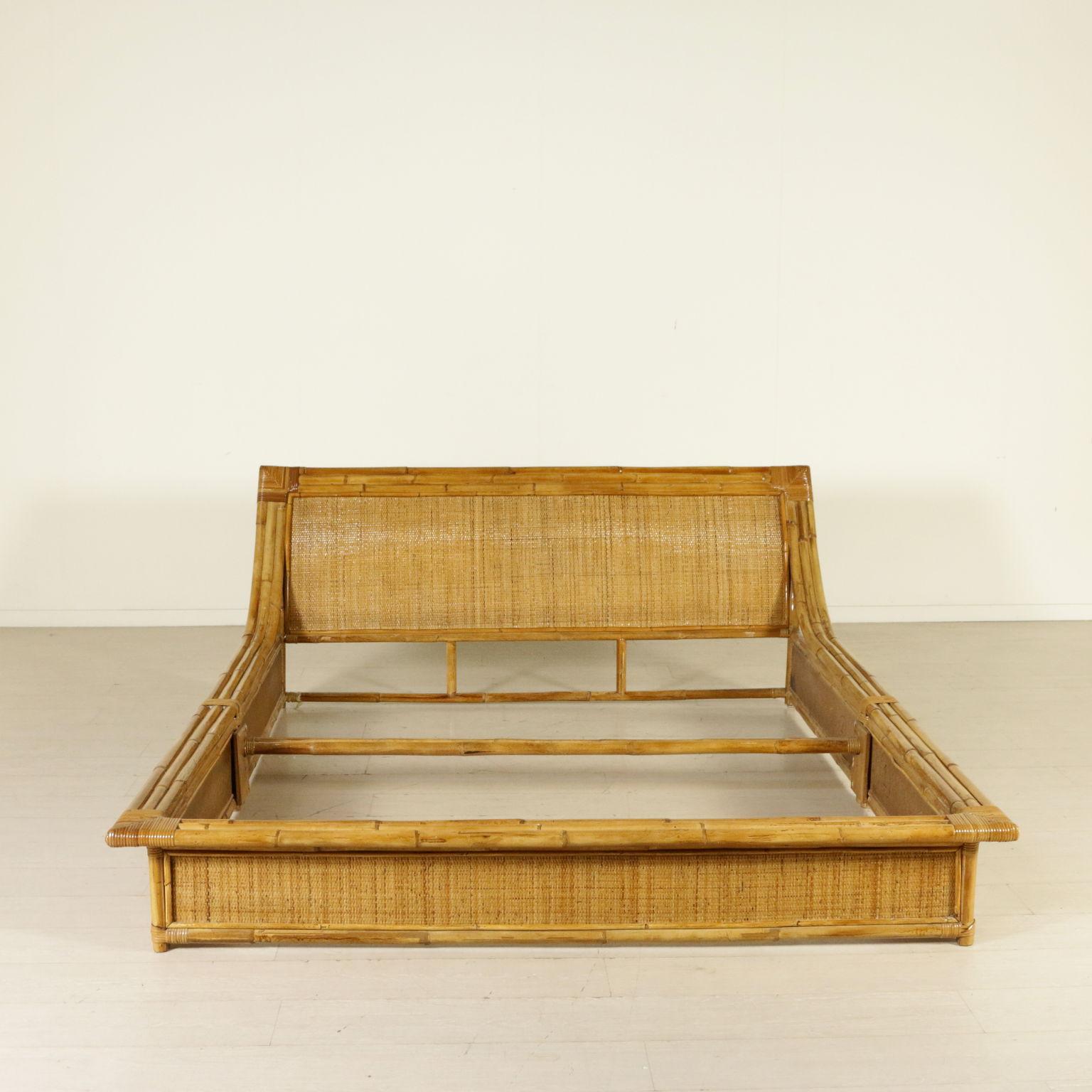 Cama de bambú - Complementos de decoración - Diseño moderno ...