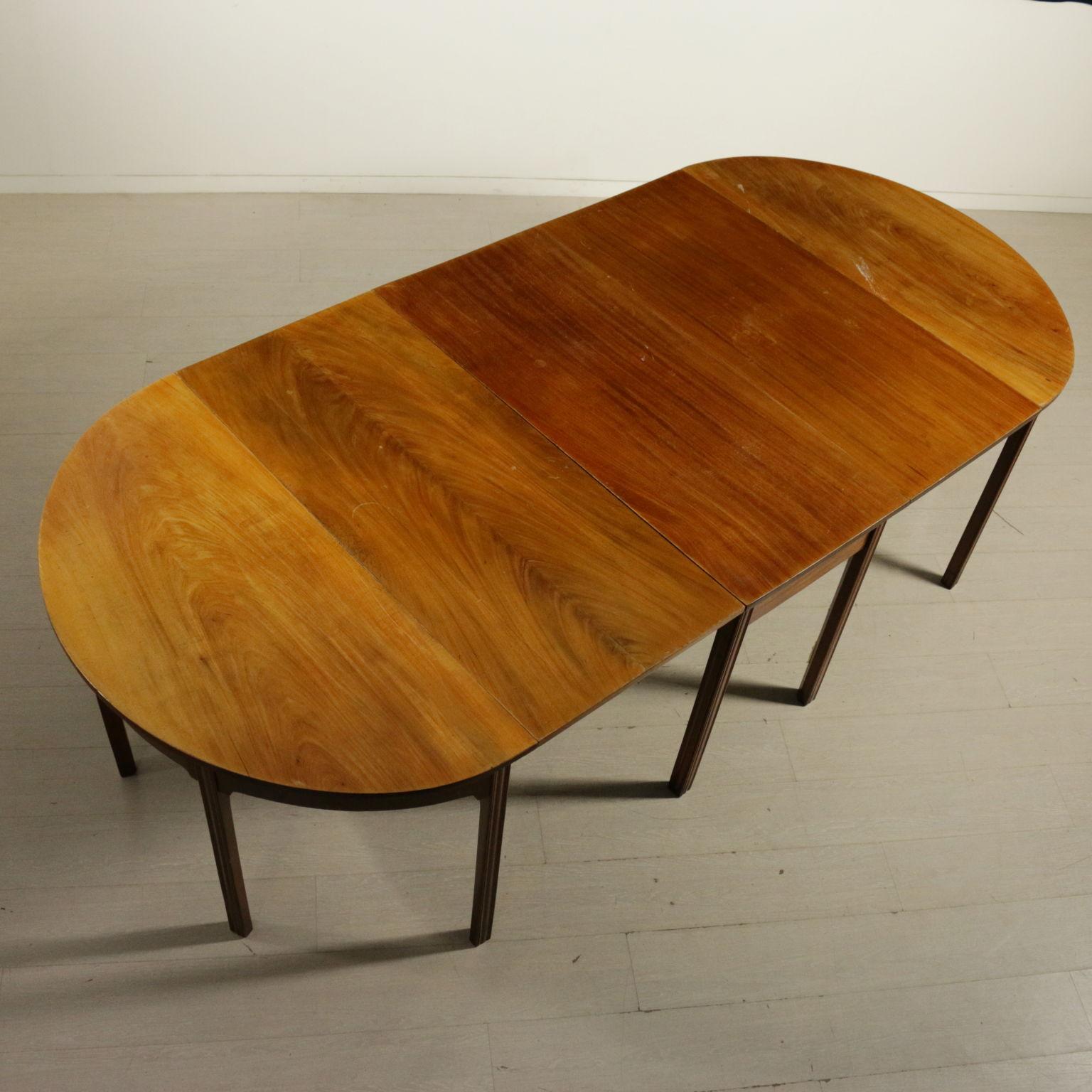 Tisch kuchenzeile und ausziehbarer stilvolle mobel for Standard küchenzeile ma e