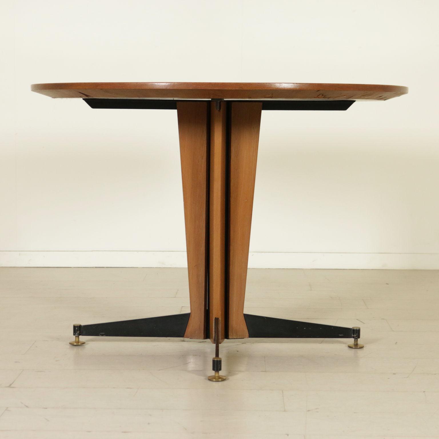 table ann es 60 tables design moderne. Black Bedroom Furniture Sets. Home Design Ideas