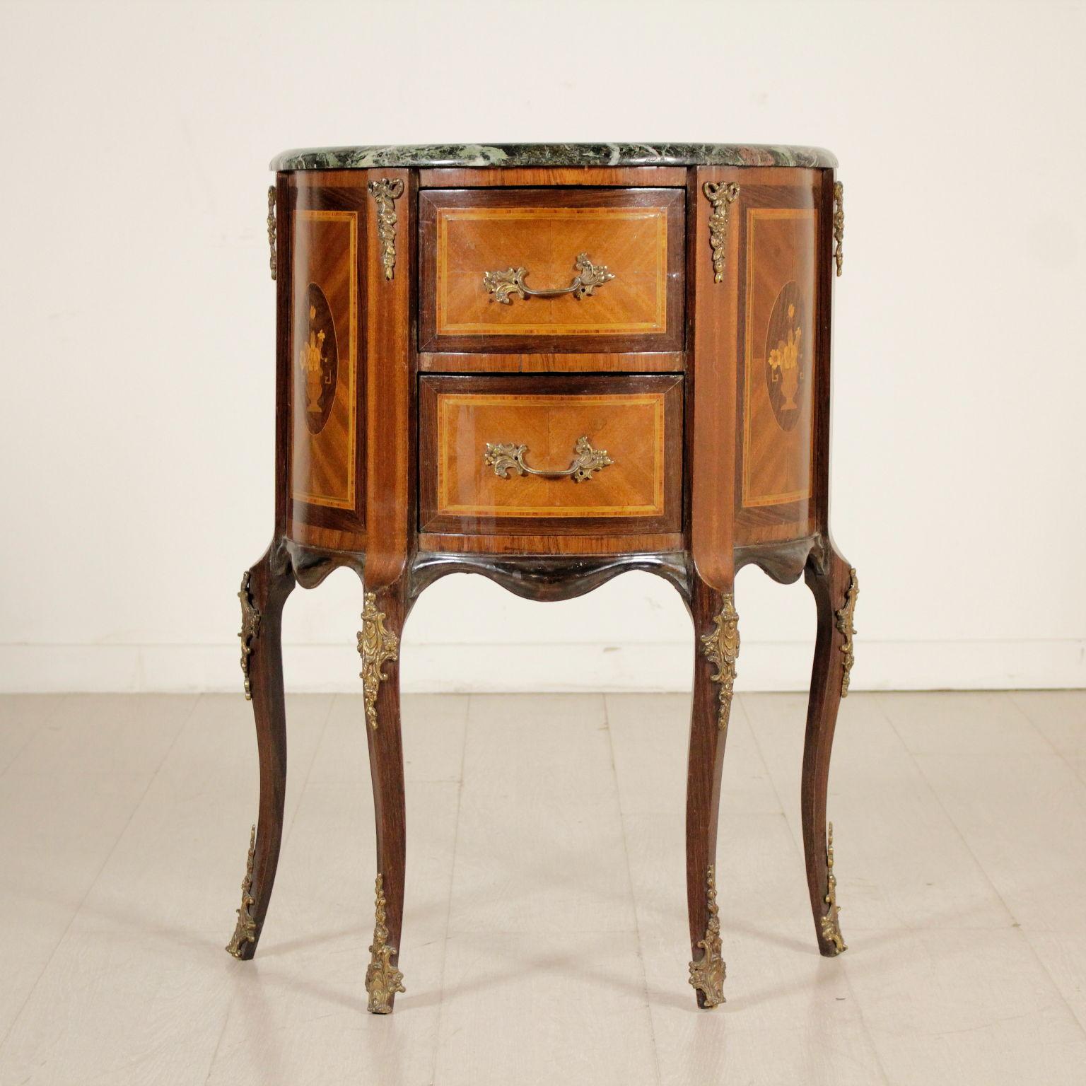 Revival piece of furniture stylish furniture bottega for Mobile furniture