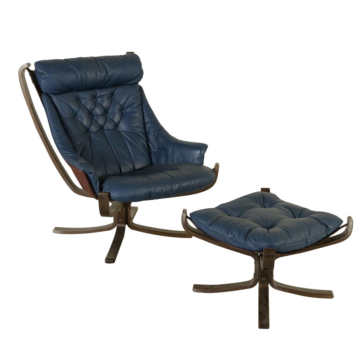 poltrona frau poltrone modernariato. Black Bedroom Furniture Sets. Home Design Ideas