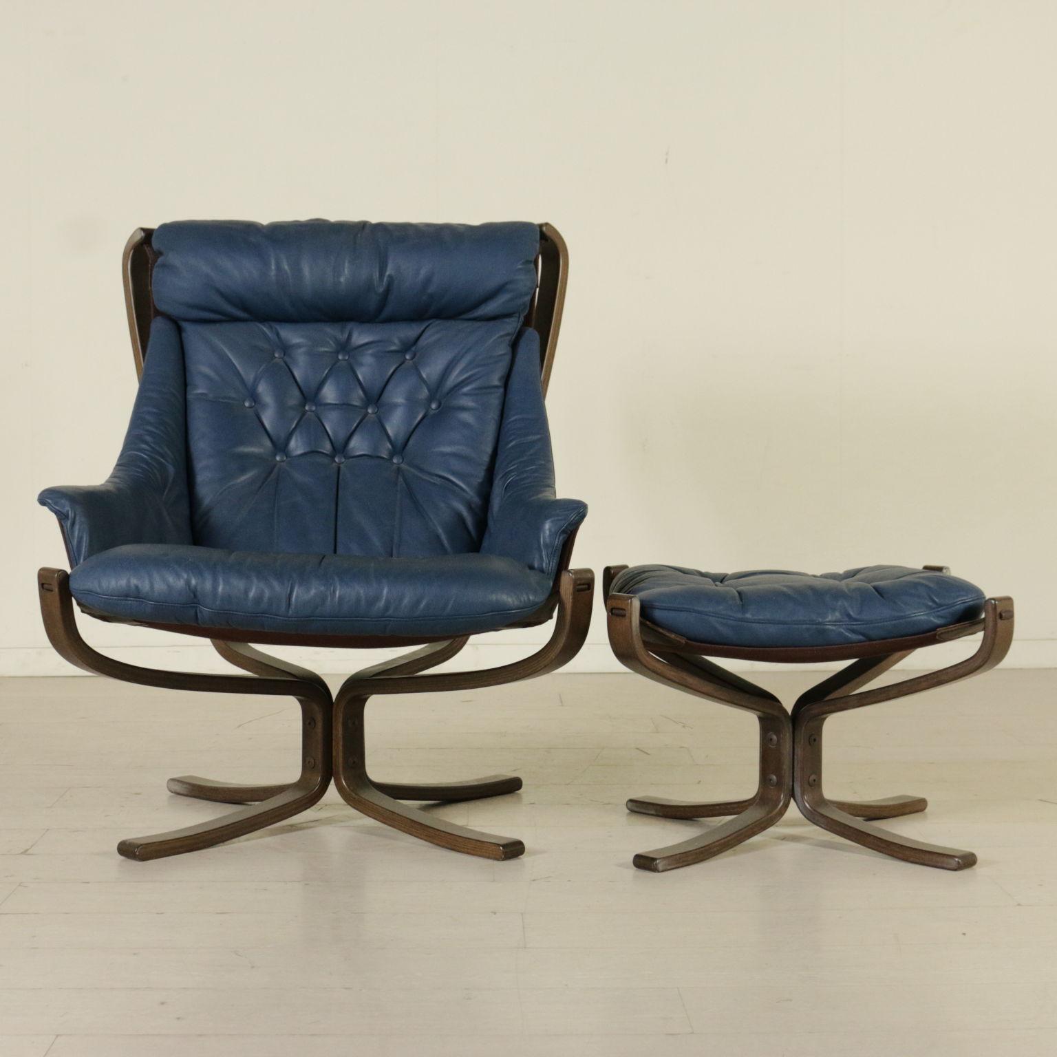 armchair designed for frau armchairs modern design. Black Bedroom Furniture Sets. Home Design Ideas