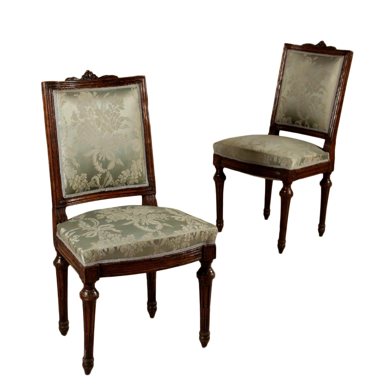 Coppia di sedie neoclassiche sedie poltrone divani for Poltrone sedie