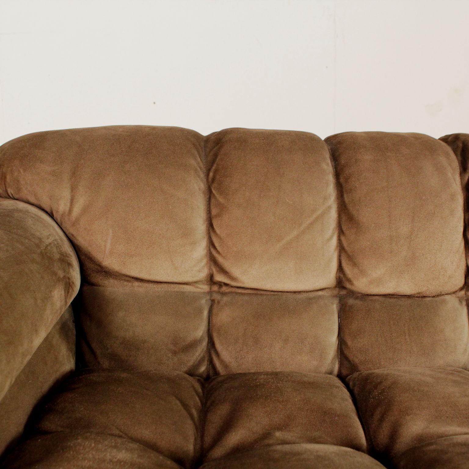 Divano anni 60 70 divani modernariato for Divano particolare