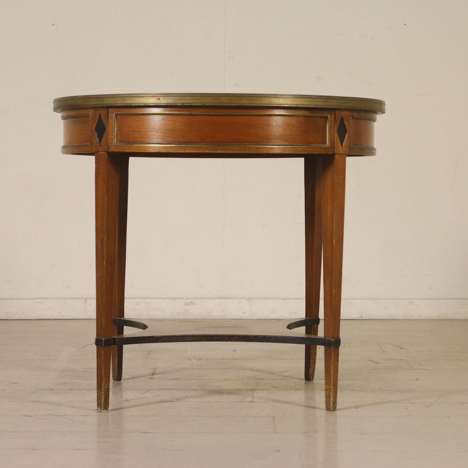 Tavolino Tondo Inglese.Tavolino Tondo Inglese Mobili In Stile Bottega Del 900
