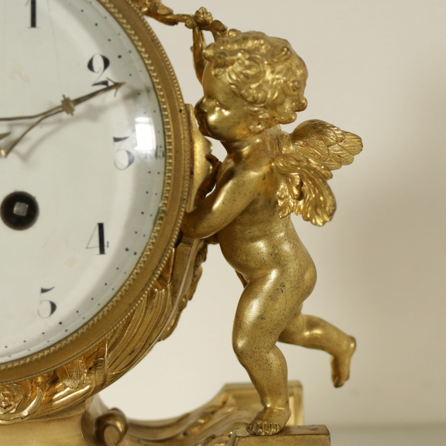 Антикварные часы набросок карандашом