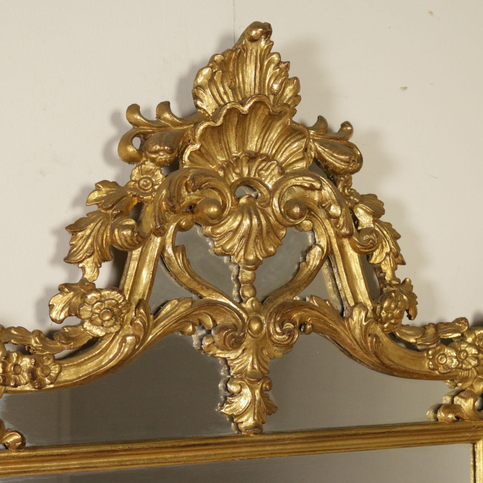 Specchiera in stile dorata specchi e cornici - Specchi in stile ...