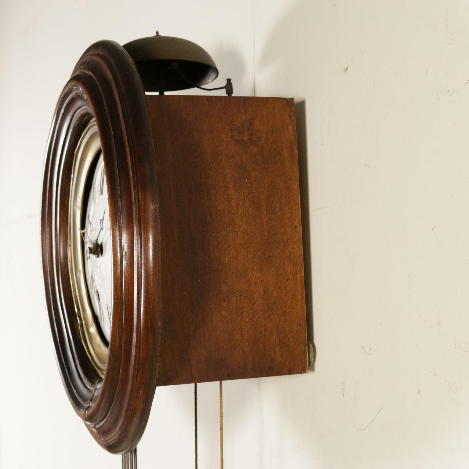 uhr mit pendel wohnkultur antiquit ten. Black Bedroom Furniture Sets. Home Design Ideas