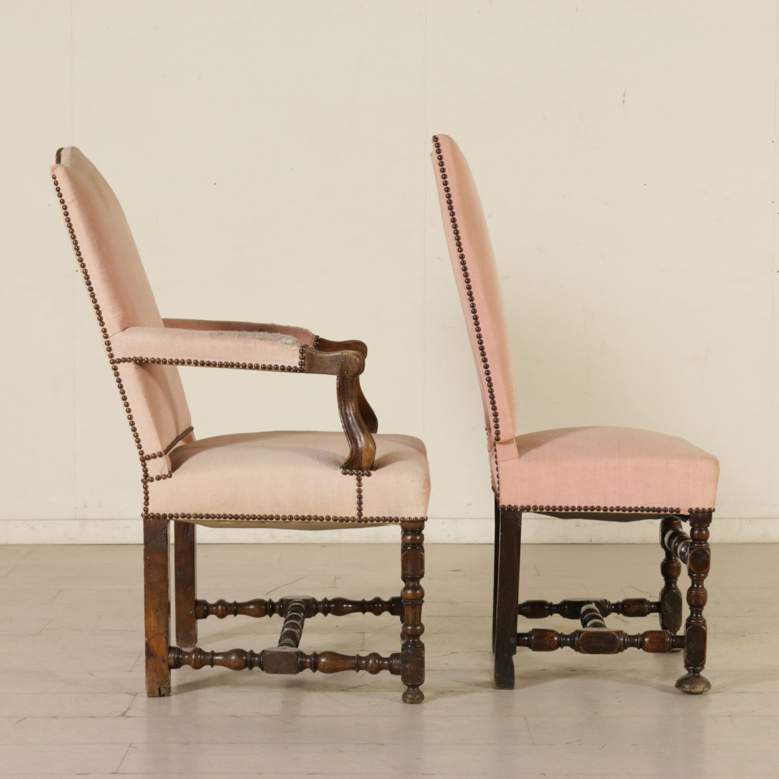 Poltrona e coppia sedie rocchetto sedie poltrone divani for Poltrone e sedie