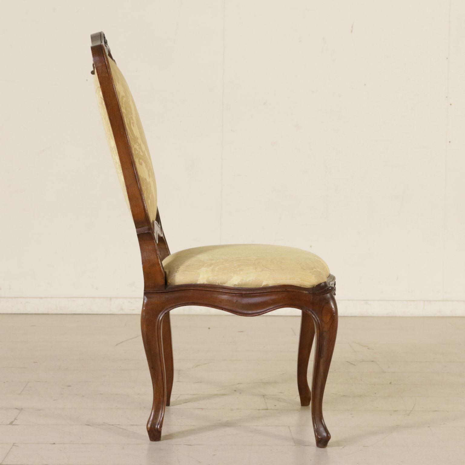 Sedie Poltrone Antiche.Gruppo Di Quattro Sedie Di Cui Una Antica Sedie Poltrone