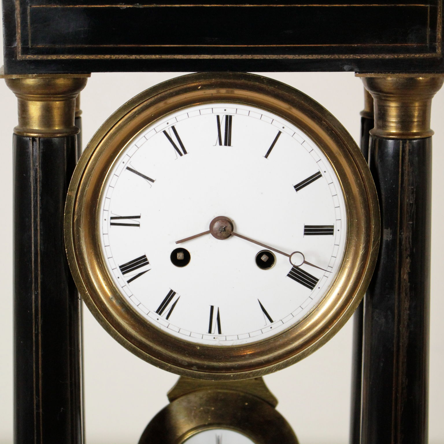 Orologio a tempietto oggettistica antiquariato for Oggettistica particolare