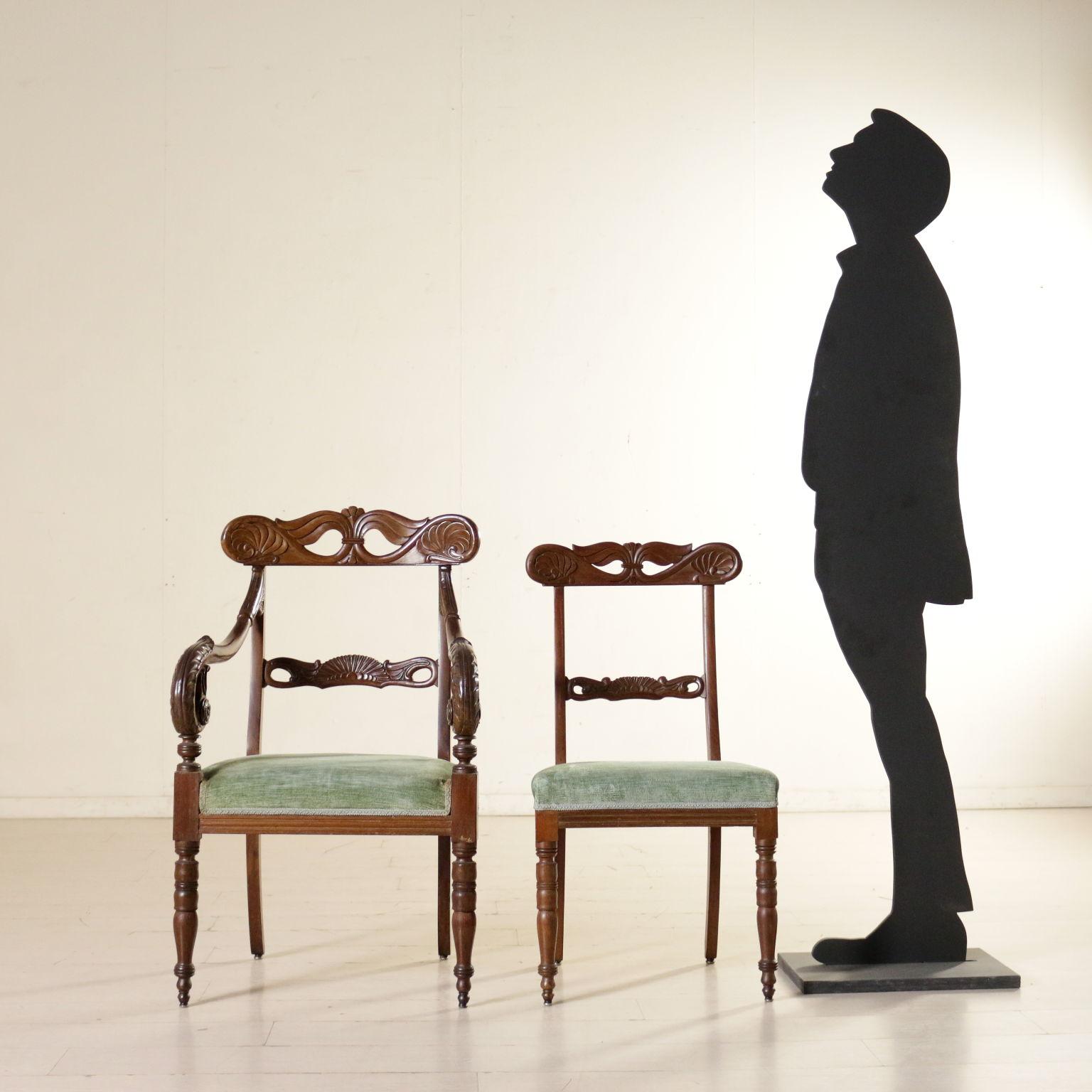 Gruppo di due poltrone e cinque sedie sedie poltrone for Poltrone e sedie