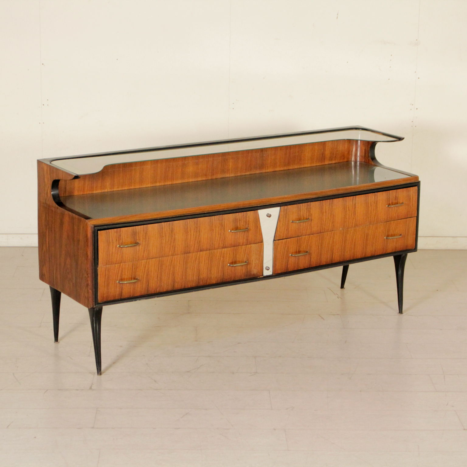 Kommode 50er 60er Jahre Mobel Modernes Design Dimanoinmano It